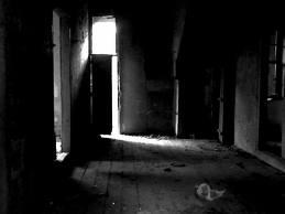 dark_house