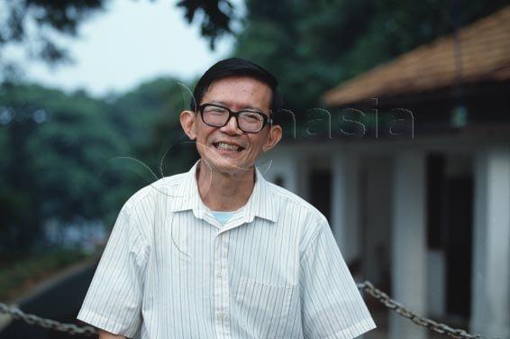 Dr. Chia ThyePoh